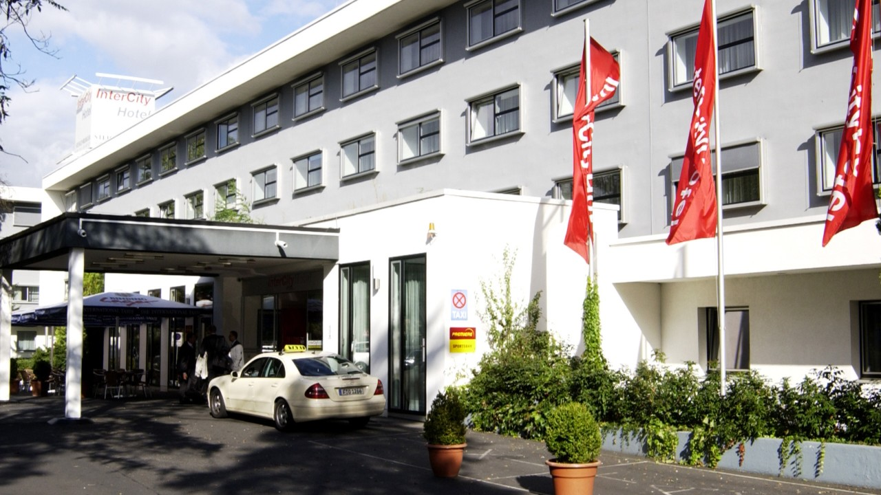 Hotels In The Airportcity West Intercity Hotel Frankfurt Airport