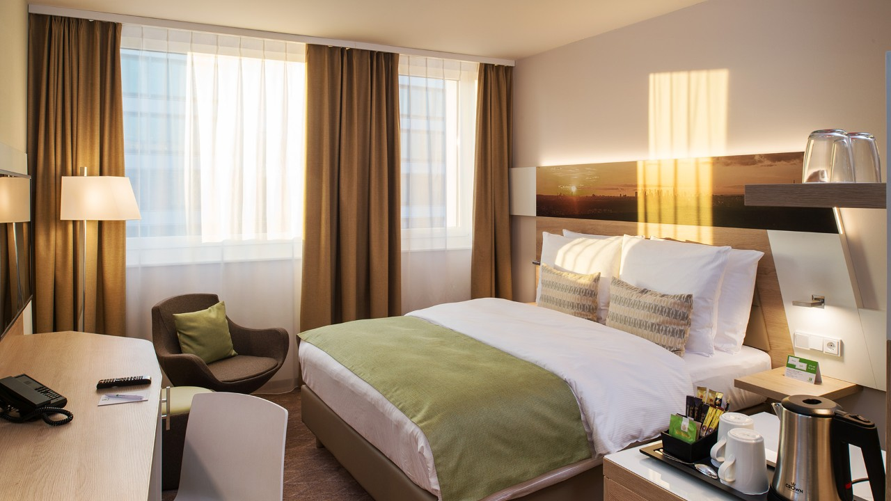 Hotelzimmer des Holiday Inn Hotels